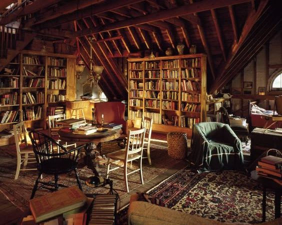 17 Gorgeous Attic Libraries You Have To See To Believe